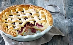 Ideja za sladico: Skutna pita s sadjem
