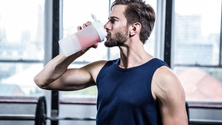 Proteinski šejk lahko škoduje zdravju na dolgi rok! (foto: Profimedia)