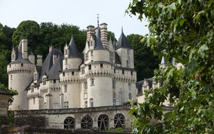 Ideja za počitniški izlet: po poteh skrivnostnih gradov in samostanov