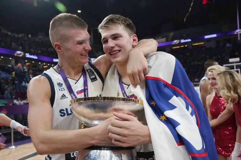 Edo Murić in Luka Dončić - Eurobasket 2017 finale