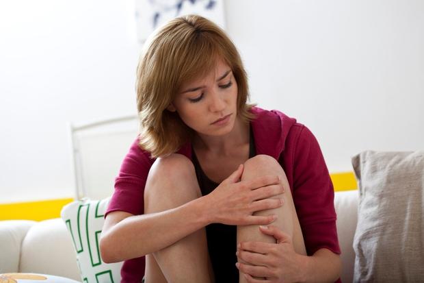 Naštevamo nekaj možnih dejavnikov, zaradi katerih vaša koža pomodri prej kot bi sicer. ŽENSKE DOBIJO MODRICE PREJ KOT MOŠKI Moški …