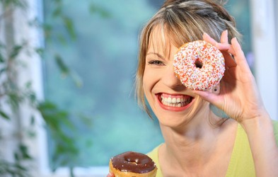 3 stvari, ki vam pomagajo opustiti prekomerno hranjenje zaradi stresa
