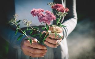 Prinesi mi rože, ki divje cvetijo
