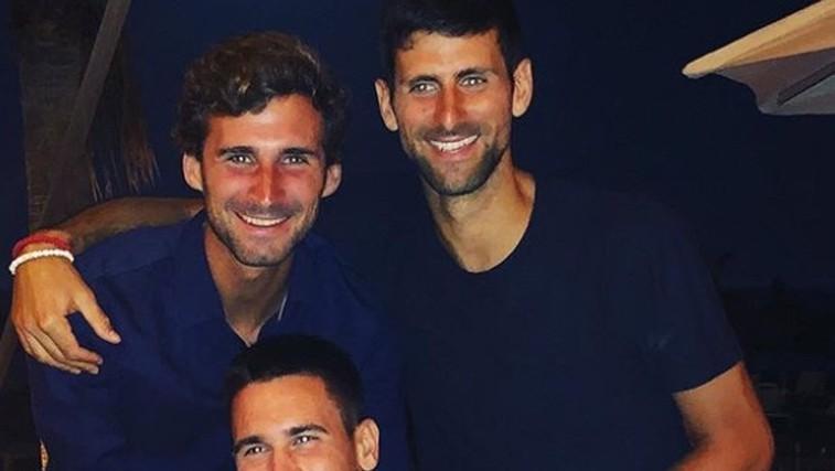 Novak Đoković in njegova dva čedna brata (foto: Instagram)