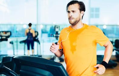Ali lahko shujšate zato, ker se med vadbo potite?