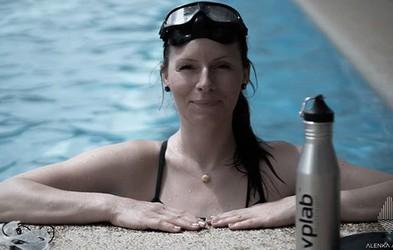 Nov svetovni rekord! Alenka Artnik se je na vdih potopila neverjetnih 111 metrov