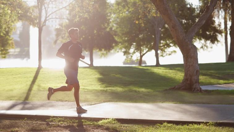 Tekači, nujno utrdite mišice jedra! (in kako to naredite) (foto: profimedia)