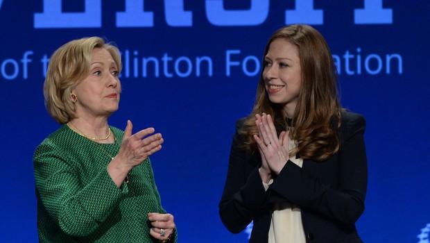 Hillary Rodham Clinton in Chelsea Clinton skupaj pišeta knjigo o ženskah (foto: Profimedia)