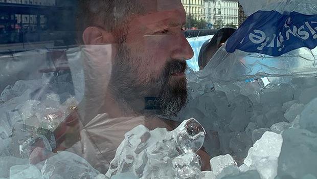 2:08:47 – svetovni rekord v najdaljšem stiku celega telesa z ledom (foto: Instagram)