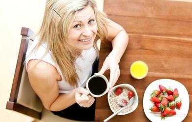 Ali zajtrk res pospešuje metabolizem, kadar ste na dieti?