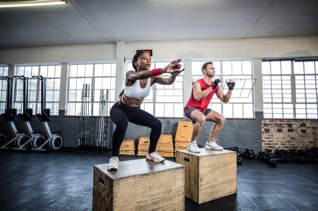 POČEP Počep ste zagotovo vključili v trening ali ga izvajali na skupinskih vadbah. Ko se ga lotite naslednjič, preverite, ali …