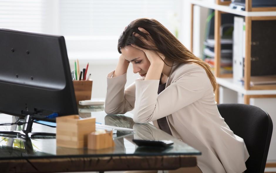 Kaj bi morali narediti, ko imate glavobol (preden posežete po zdravilih) (foto: profimedia)