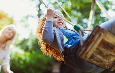 5 lekcij, ki jih lahko naučite sebe in otroka na otroškem igrišču