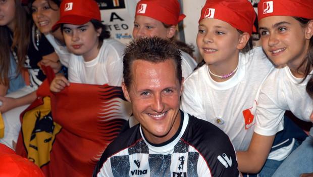 Michael Schumacher v bolnici na skrivnostnem zdravljenju (foto: Profimedia)