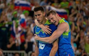 Izjemni navijači in Klemen Čebulj za zmago nad Bolgarijo
