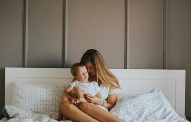 Starševska izgorelost: Ko izčrpanost in nemoč postaneta močnejši, kot vse ostalo v življenju