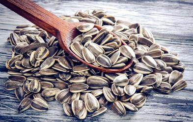 4 razlogi, zakaj je v prehrano dobro vključiti sončnična semena
